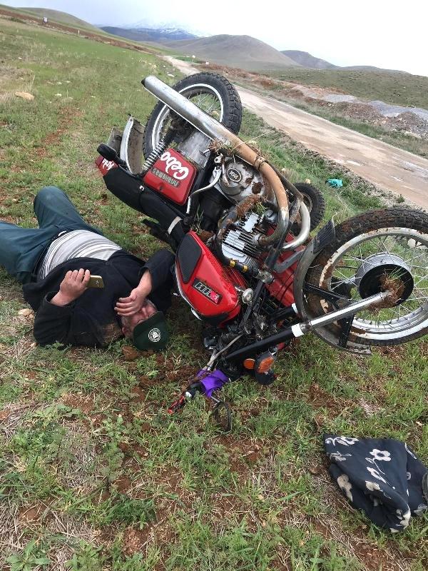 195 Promil Alkolle Bindiği Motosikletle Yaptığı Kazada Ağır Yaralandı