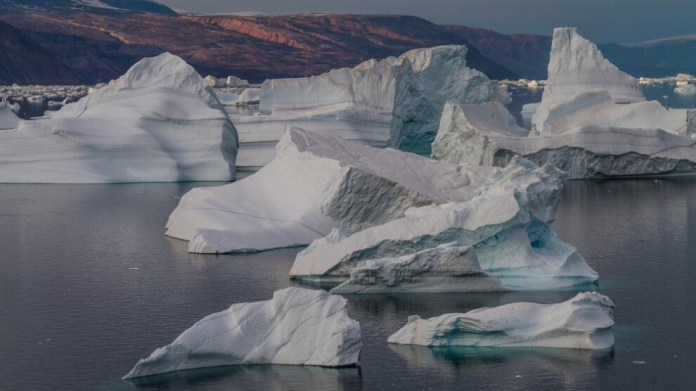 Groenland'ın kuzeyinde küçük bir ada keşfedildi