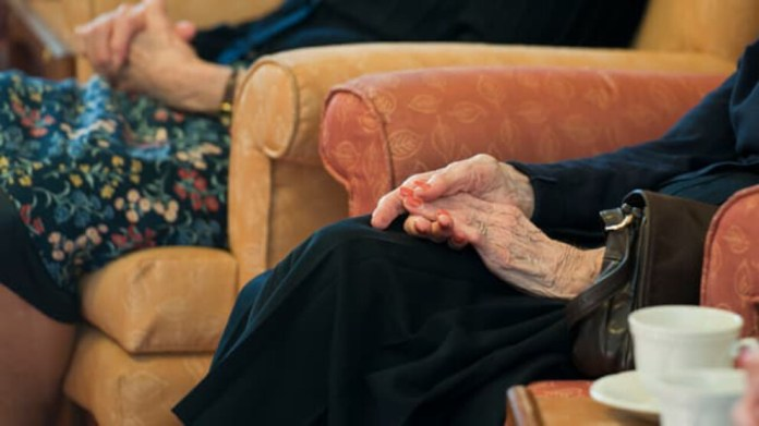 Çin'de 'Alzheimer' artıyor: 10 milyon hasta, 200 yatak