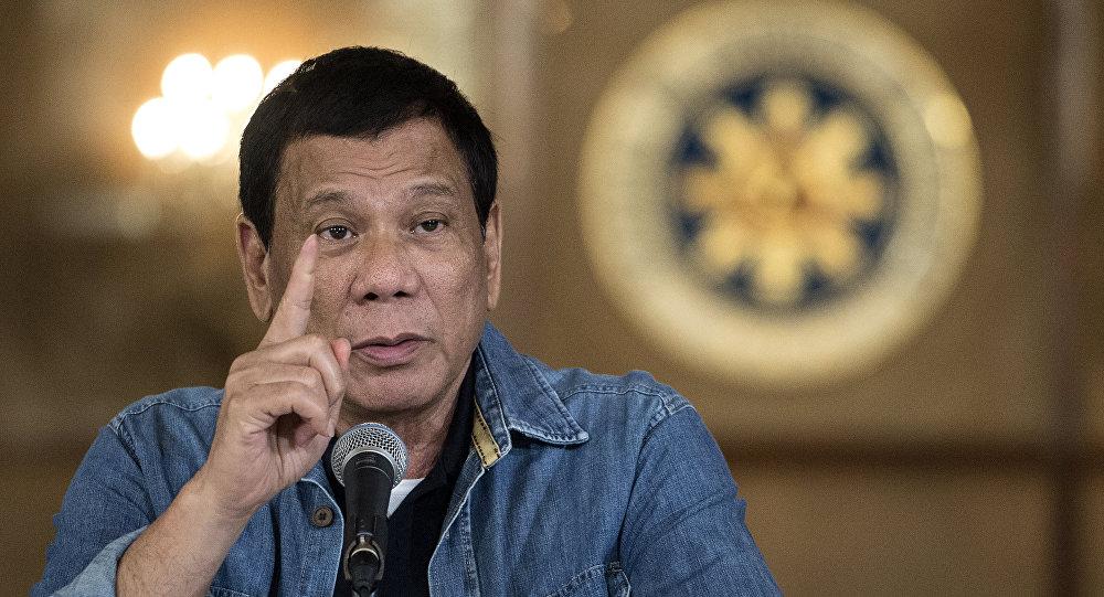 Filipinler lideri Duterte'den İnsan Hakları Komisyonu Başkanı'na: Bu o… çocuğu bir pedofil gibi