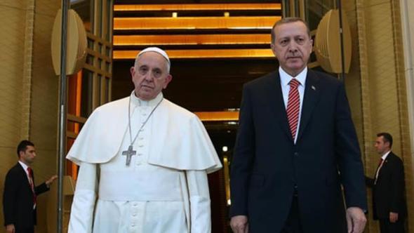 Erdoğan'a arşiv görüntüleriyle yüklenen parti lideri böyle konuştu: Hafız bu ne iştir ya