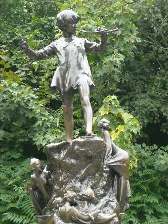 statua-di-peter-pan-londra.jpg