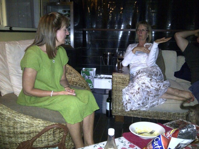 Gail and Jackie catching up on the gossip!
