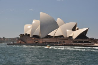 The Opera House looks good in the sun.