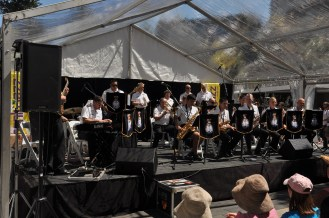 The New Zealand Naval Big Band on stage.