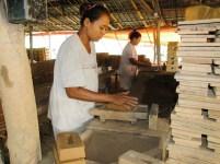 Pembuat batu bata