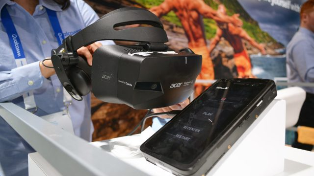 qualcomm-reference-headset-ces-2019-3-640x360