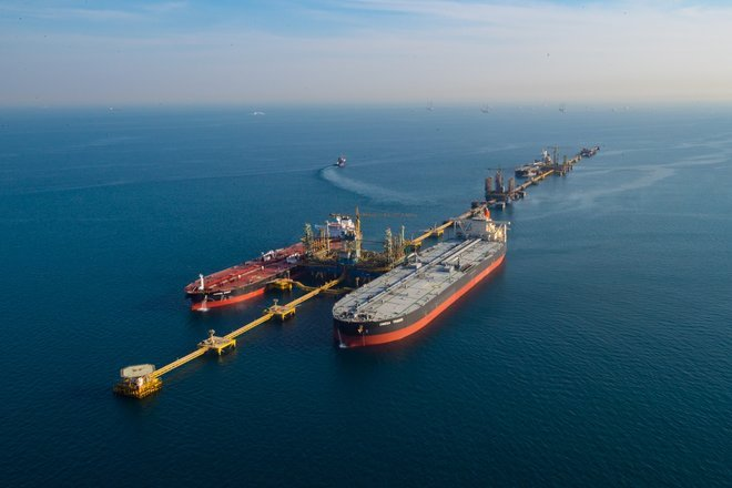 Despite the sanctions, America is importing Iranian oil for the first time in 30 years 1583726-362944507