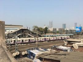 The railway next to Dhobi Ghat