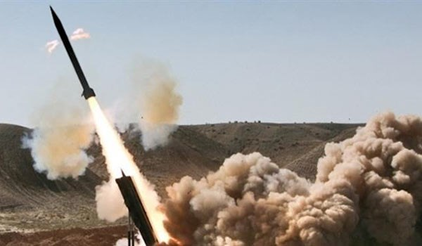 Saudi Military Base Destroyed in Yemen's Zalzal-2 Missile Attack