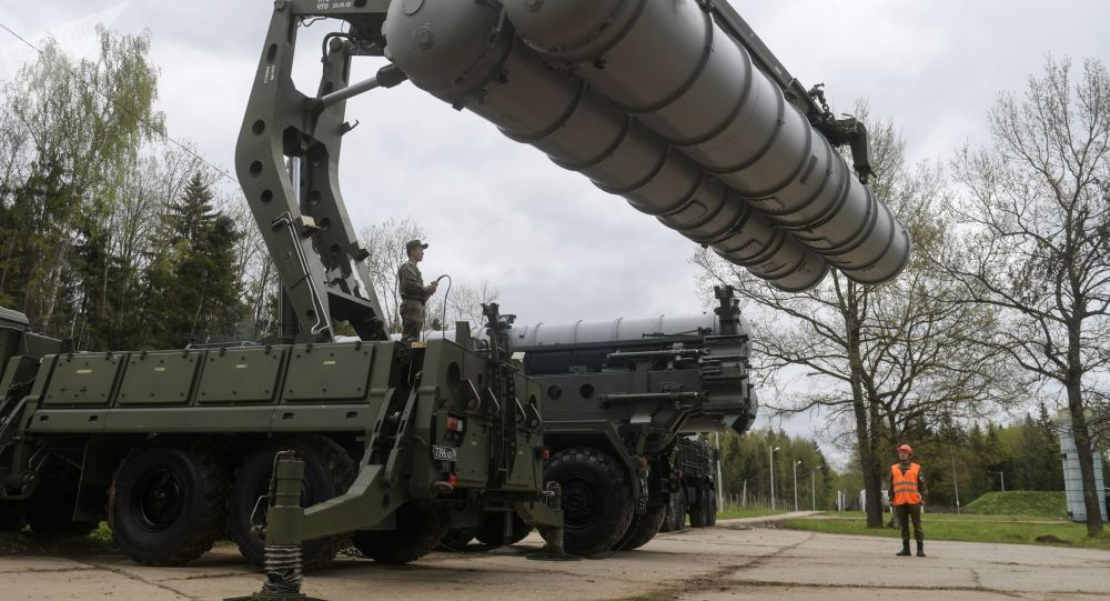 Erdogan Sees No Reason Not to Work With Russia and Install S-400 Missile Systems