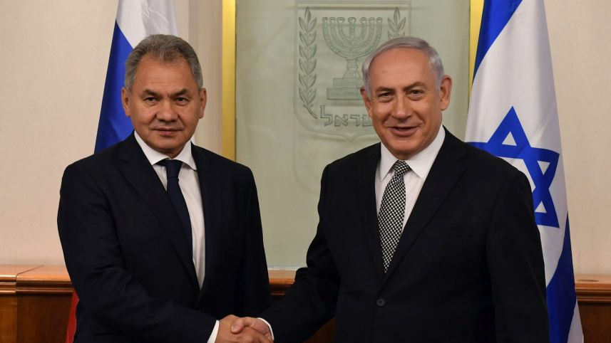 Netanyahu Tells Russian Defense Chief: Israel Won't Allow Iranian Foothold in Syria