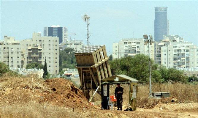 Iron Dome battery placed near Tel Aviv