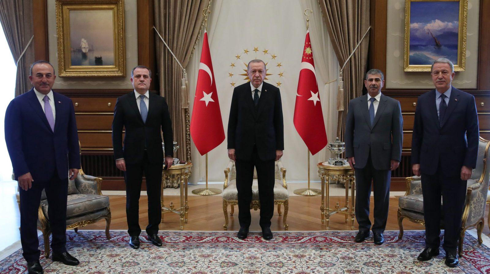 Ankara dış politikada revizyon işaretleri veriyor - Yetkin Report