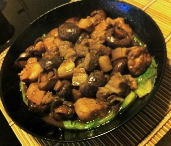 蠔油冬菇炆腩肉