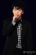 girls_award_seungri_m_007