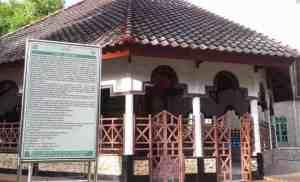 Berkunjung ke kawasan Gong Kabupaten Selayar
