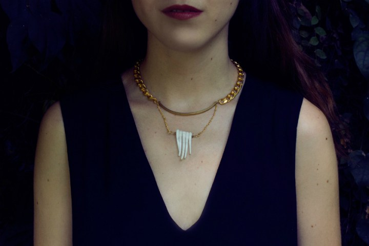 Ava necklace