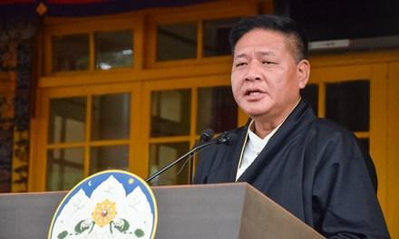 杨建利博士给藏人行政中央司政边巴次仁先生的贺信(中英文)