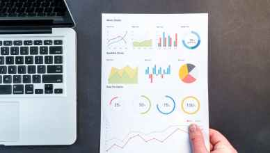 El Big Data nace de la necesidad de grandes de internet de analizar y valorar el gran volumen información que manejan mundo on line