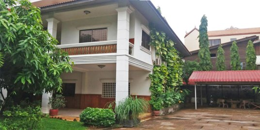 Near Toulkork Market | Villa For Sale