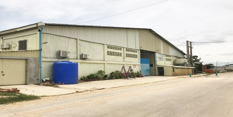 R-LD030188-Warehouse_ NR4_ 19km_2,300sqm_ $4000-month