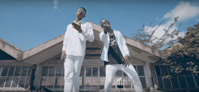 VIDEO: Moran – Safari