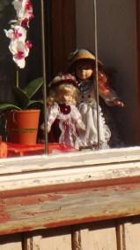 哈次山上的瓦爾肯里德~修道院遺址旁一家賣著玩偶的商店