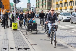 1 in 4 families downtown Copenhagen uses only cargo bike to transport family