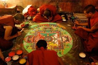 ティクセで作られていた砂曼荼羅