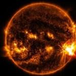 太陽フレア(2017)でスマホやパソコンに影響が出るのは8日の何時頃?対策方法は?