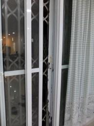 Porte donnant sur le balcon