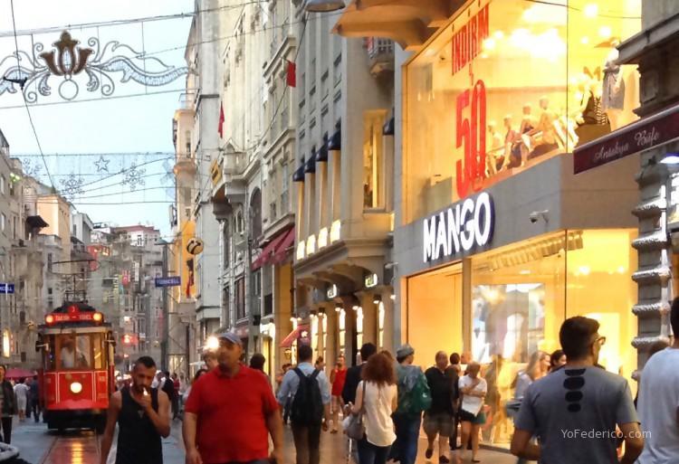 4 lugares clave para comprar ropa buena y barata en Estambul