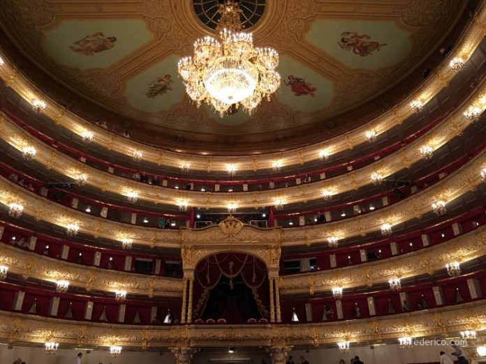El teatro Bolshoi de Moscú 12