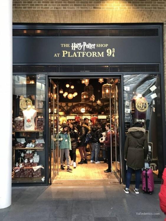 La tienda de Harry Potter en la estación King´s Cross de Londres 4