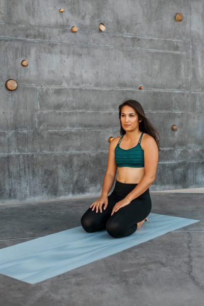 yoga tapis femme