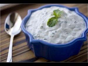 salsa de yogur
