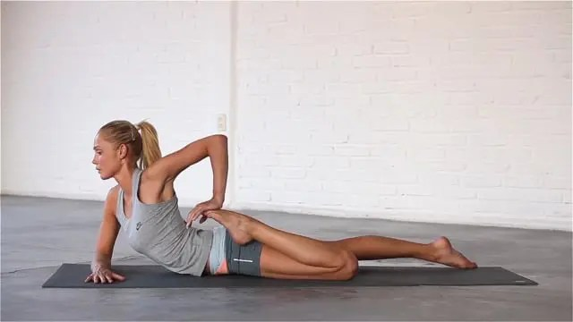 Quads and Hips improves flexibility in the front of the hips.
