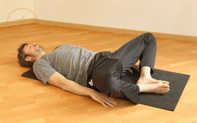 SUPTA BADDHA KONASANA ·  Beneficios de la práctica de Yoga