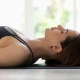1回20分で快眠・疲労回復に。寝ながらできる瞑想「ヨガニードラ」