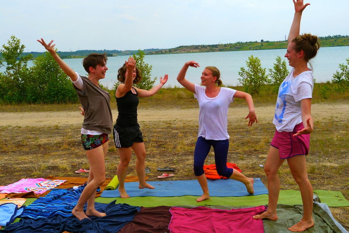 Acro Yoga Camp am Hainer See mit YMS