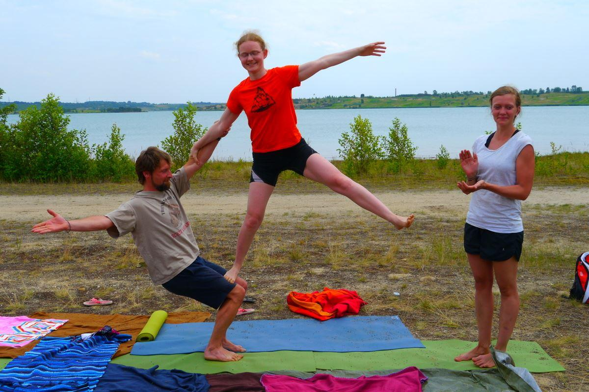 Acro Yoga Camp am Hainer See mit YMS 25