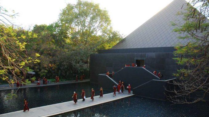 Osho International Meditation Resort, Pune - Best Ashrams in India