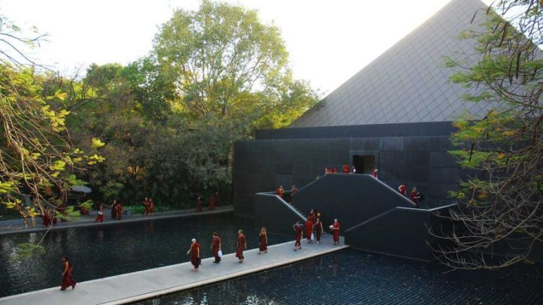 Osho International Meditation Resort, Pune - Best Ashrams in India