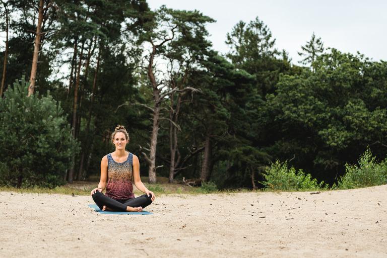 Simone Yoga Outdoors workshop