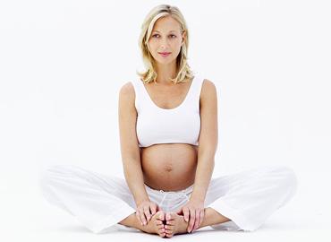 yoga durante el embarazoyogatravel