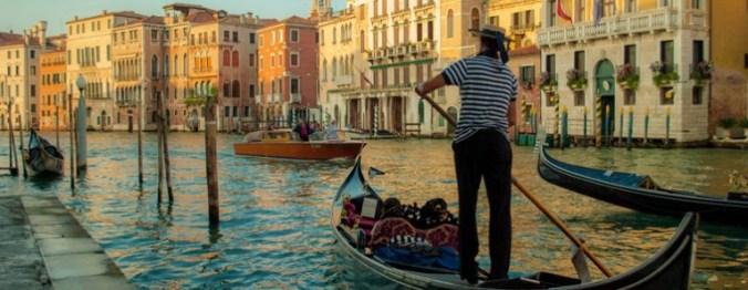 venezia-gondola3-766x297
