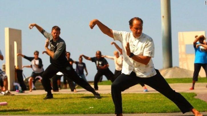Исследователи изучают влияние йоги, тай чи и цигун на хроническую боль в пояснице: