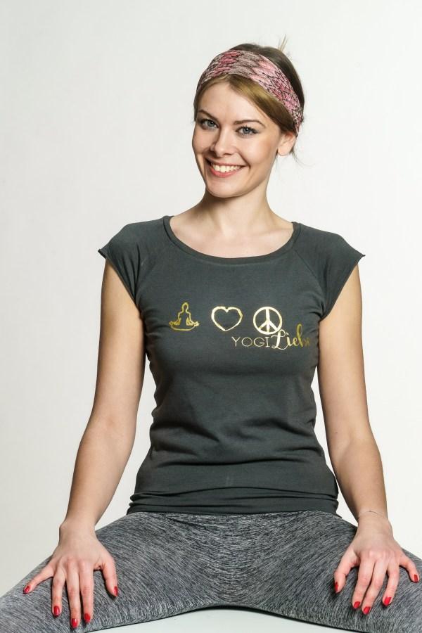 yoga-freizeit-shirt-damen-grau-gold-bio-baumwolle-nachhaltige-mode