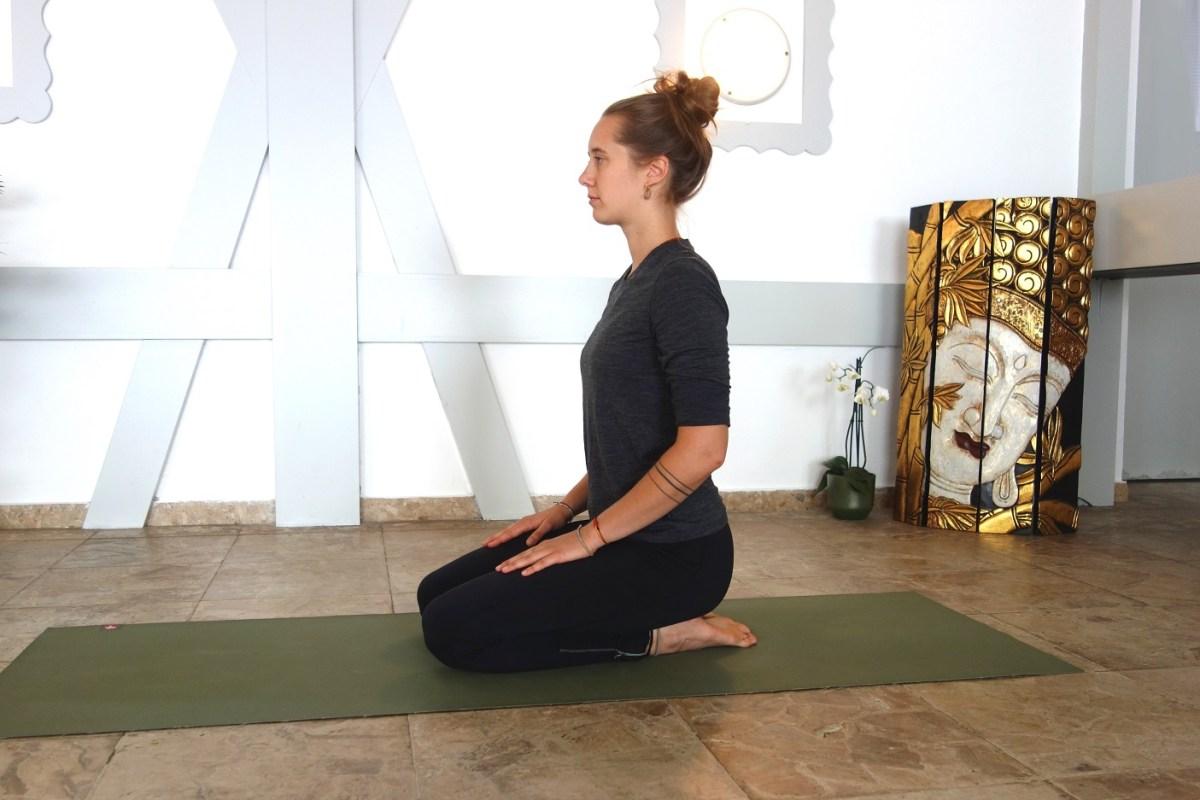 Vajrasana2_yogtemple_yogalehrerausbildung_österreich